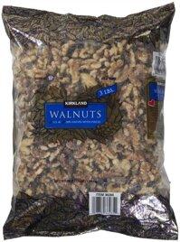 Hạt óc chó sấy khô Kirkland Signature Walnuts 1.36 kg