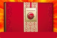 Hộp bánh trung thu Kinh đô Trăng vàng Hoàng Kim Vinh Hiển Đỏ 4 bánh + 1 hộp trà ô long