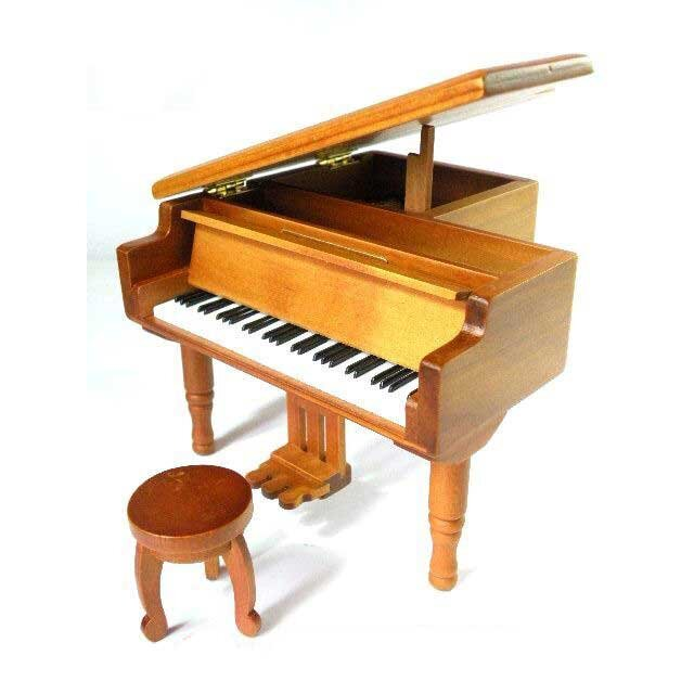 Hộp nhạc Piano gỗ