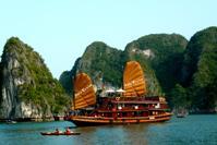 Tour du lịch TP.Hồ Chí Minh - Hà Nội - Hạ Long - Bái Đính - Tràng An - Sapa