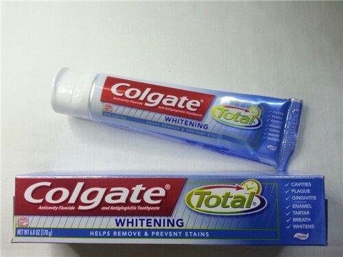 Kem đánh răng Colgate Total Whitening 221g