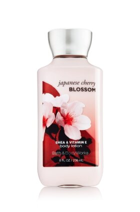 Kem dưỡng thể Bath and Body Works Japanese Cherry Blossom - 236 ml