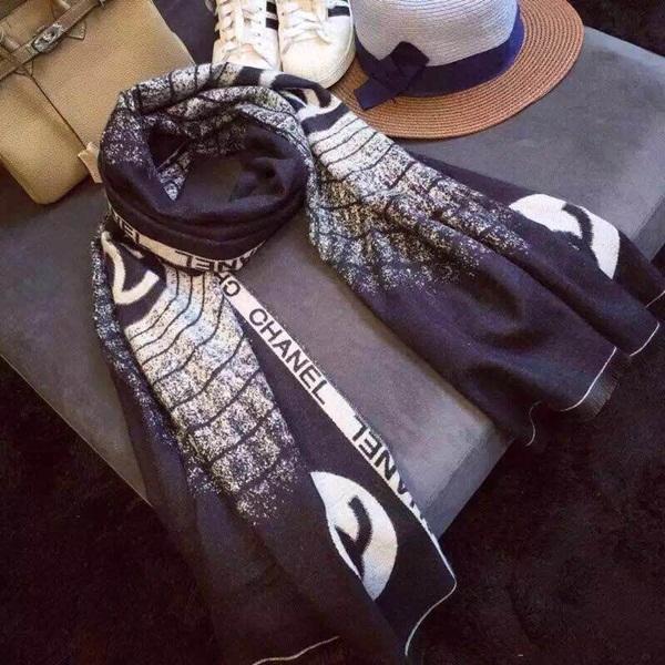 Khăn choàng cổ Chanel CN01