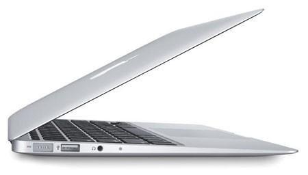 Laptop Apple MacBook Air MD224ZP/A - Intel Core i5-3317U 1.7GHz, 4GB RAM, 128GB SSD, Intel HD Graphics 4000,  11.6 inch