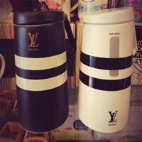 Ly sứ Louis Vuitton