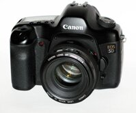 Máy ảnh DSLR Canon EOS 5D Body - 4368 x 2912 pixels