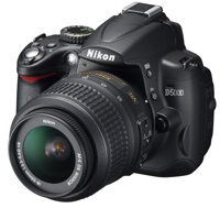 Máy ảnh DSLR Nikon D5000 (AF-S DX Nikkor 18-55mm F3.5-5.6 G VR) Lens Kit