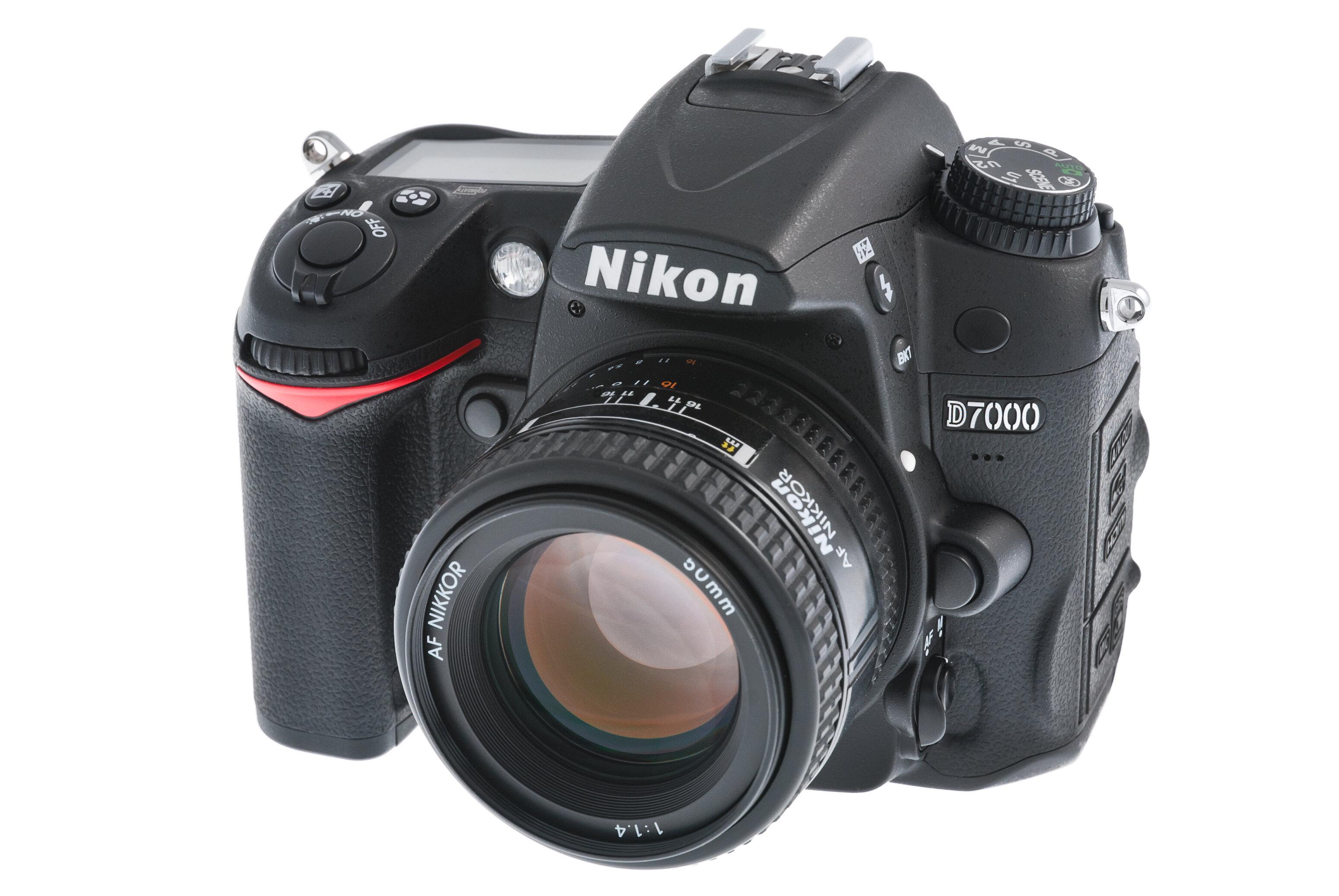Máy ảnh DSLR Nikon D7000 Body - 16.2 MP