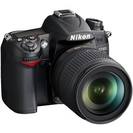 Máy ảnh DSLR Nikon D7100 - 24.1 MP, 18-105 mm