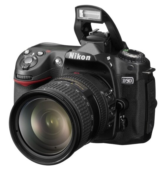 Máy ảnh DSLR Nikon D90 (AF-S DX 18-105mm G VR) Lens Kit - 12.3MP