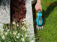 Máy cắt cỏ cầm tay Gardena 09856-20