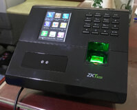 Máy chấm công nhận diện khuôn mặt ZKTeco MB10