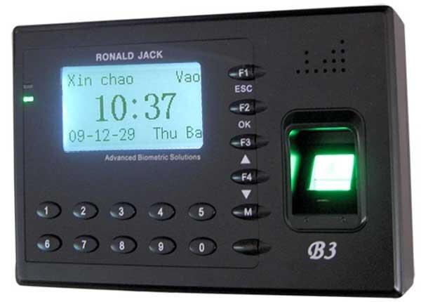 Máy chấm công vân tay và thẻ cảm ứng Ronald Jack B3