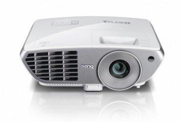 Máy chiếu BenQ W1060