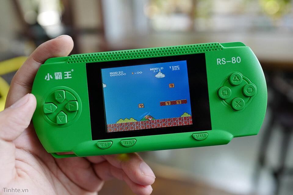 Máy chơi game cầm tay RS80