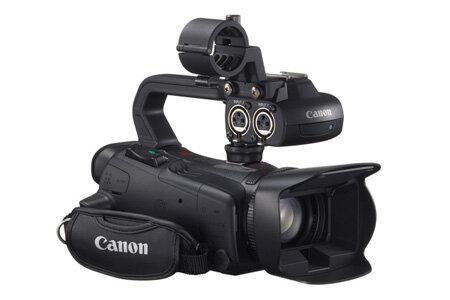 Máy quay phim Canon XA25