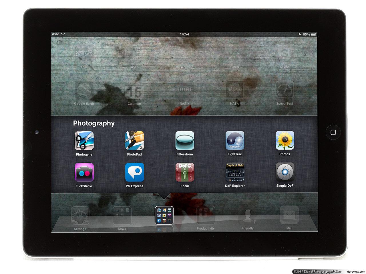 Máy tính bảng Apple iPad 2 - 16GB, Wifi + 3G, 9.7 inch