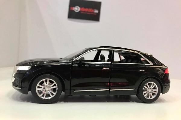 Mô hình xe Audi Q8 1:32 CheZhi