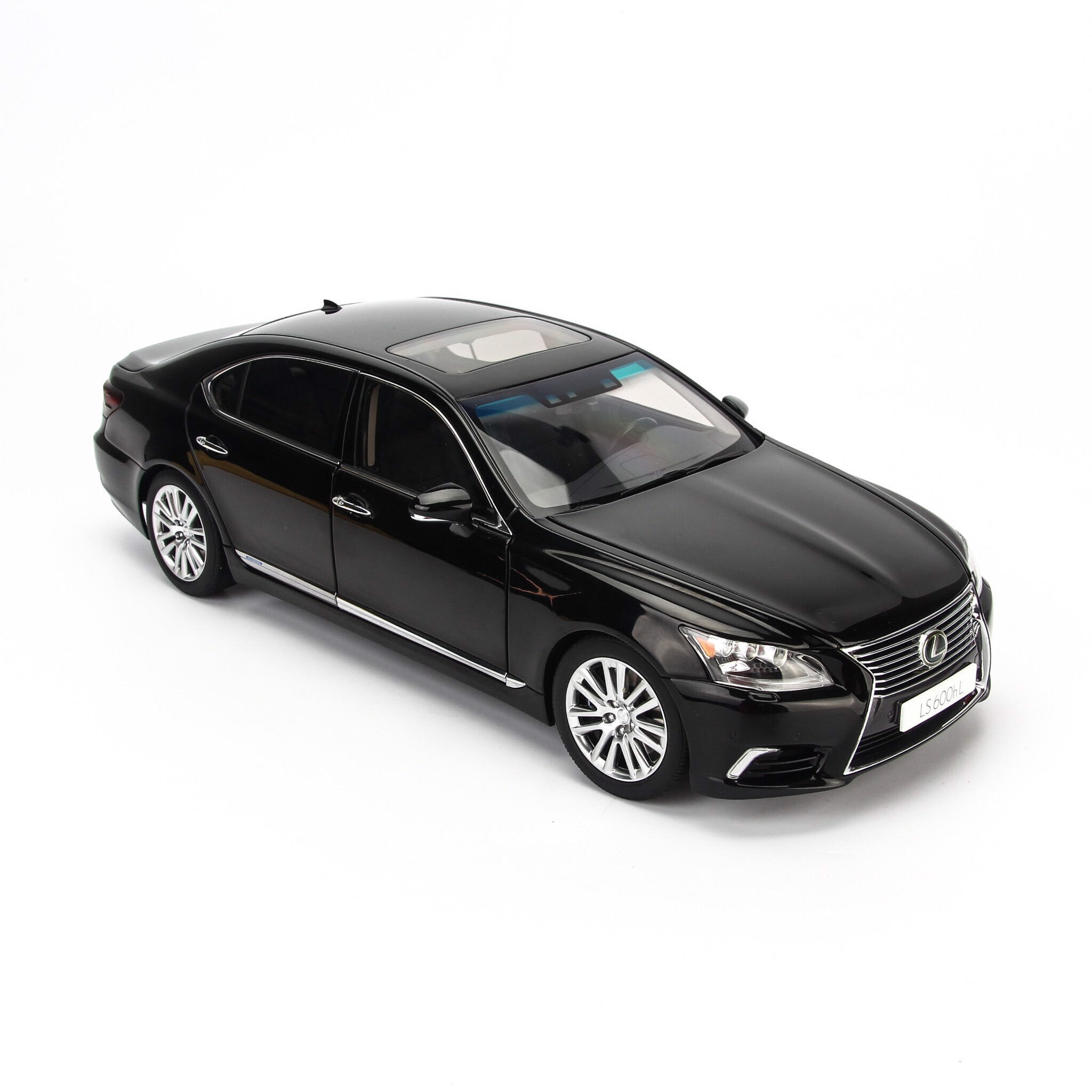 Mô hình xe Lexus LS600hL 1:18 Autoart