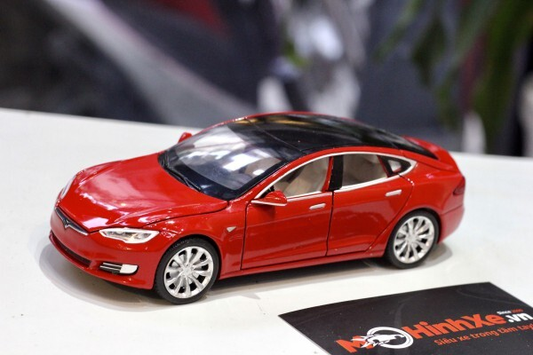 Mô hình xe Tesla Model S 2020 1:32 Proswon