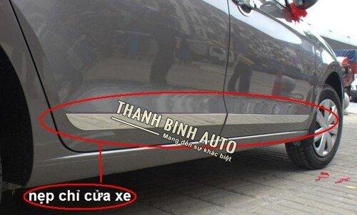 Nẹp sườn xi mạ cho xe Honda City