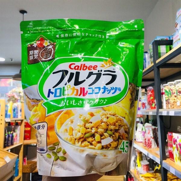 Ngũ cốc Calbee Nhật vị lúa mạch, bắp, dừa, bí, xoài, thơm 450g