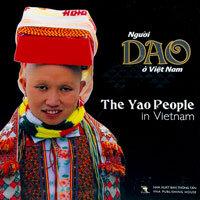 Người Dao Ở Việt Nam (Song Ngữ Anh - Việt, Bìa Cứng)