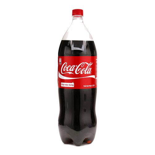 Nước giải khát Coca Cola chai 2.25L