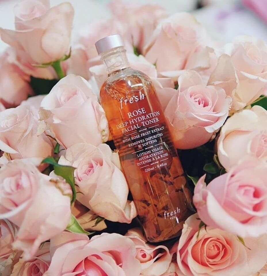 Nước hoa hồng Fresh Rose Deep Hydration Facial - 250ml