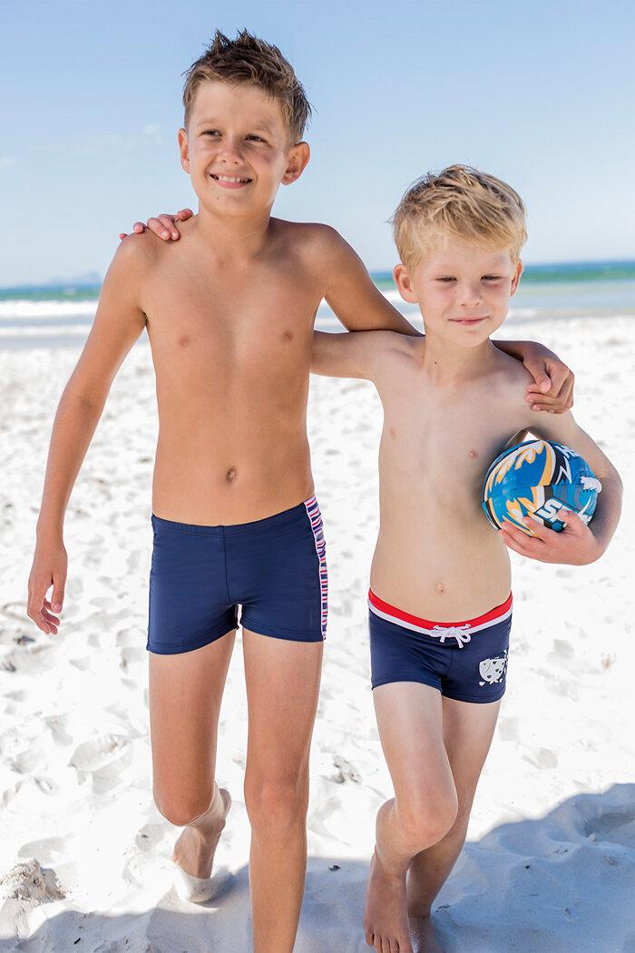 Quần bơi bé trai lưng đỏ xanh đen Fashy 26520