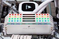 RAM Corsair 16Gb Bus 3200Mhz Dominator Platinum White RGB CMT16GX4M2C3200C16W