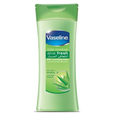 Sữa dưỡng thể Vaseline Total Moisture Aloe Fresh 725ml