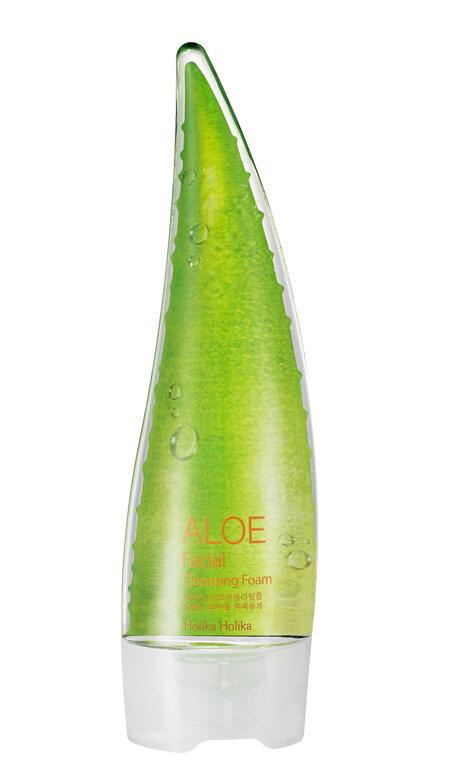 Sữa rửa mặt lô hội Holika Aloe Facial Cleansing Foam 150ml