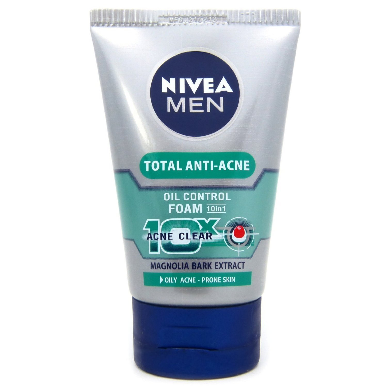 Sữa rửa mặt ngừa mụn dành cho nam Nivea Total Anti 50g