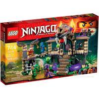Bộ xếp hình Xâm nhập hang rắn Lego Ninjago 70749