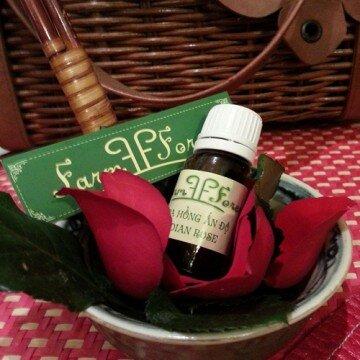 Tinh dầu nguyên chất Hoa hồng Rose Pure Essential Oil 10ml