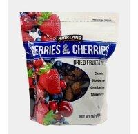 Trái cây sấy khô KirkLand Berries & Cherries Dried Fruit Blend 567g