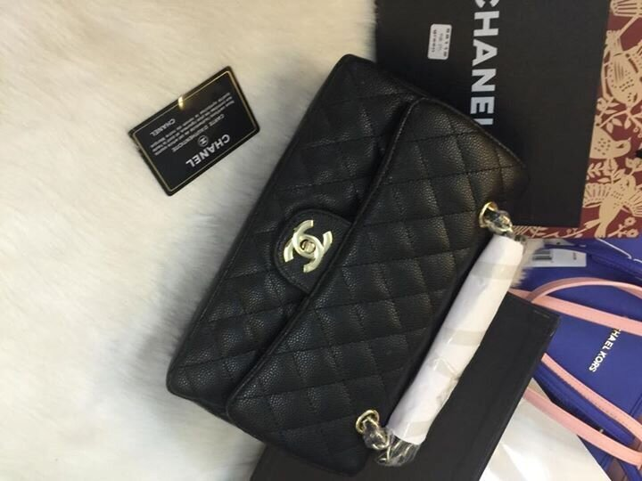 Túi xách Chanel da hột