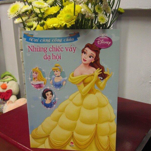 Vui cùng công chúa - Những chiếc váy dạ hội (Disney)