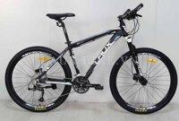 Xe đạp thể thao Laux Pioneer 300
