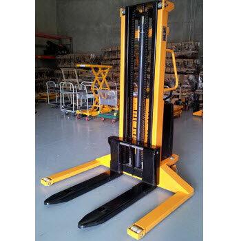Xe nâng bán tự động chân khuỳnh Meditek SES1550