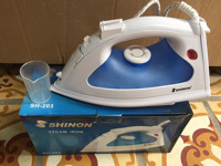 Bàn là hơi nước Shinon SH-203