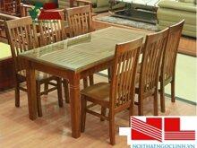 Bàn ghế ăn gỗ cao su 018