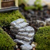 Cầu thang bằng đá xám trang trí sân vườn