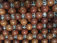 Chiếu hạt gỗ hương