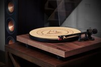 DEBUT CARBON WALNUT TURNTABLE