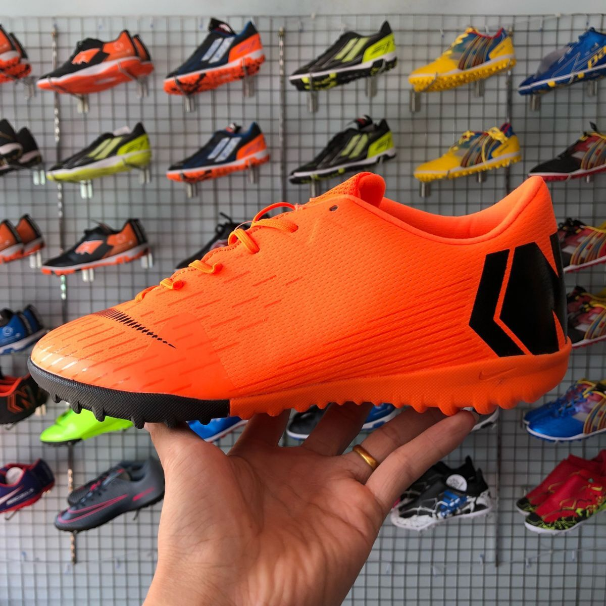d2340df2aa2 Giày Nike Mercurial Vapor 12 (TF) Cam (Fake1)