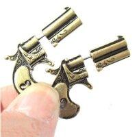 Khuyên tai hình súng giả cho nam nữ