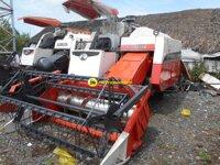 Máy gặt đập liên hợp Kubota DC60 – VN1