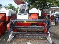 Máy gặt đập liên hợp Kubota DC60 – VN3